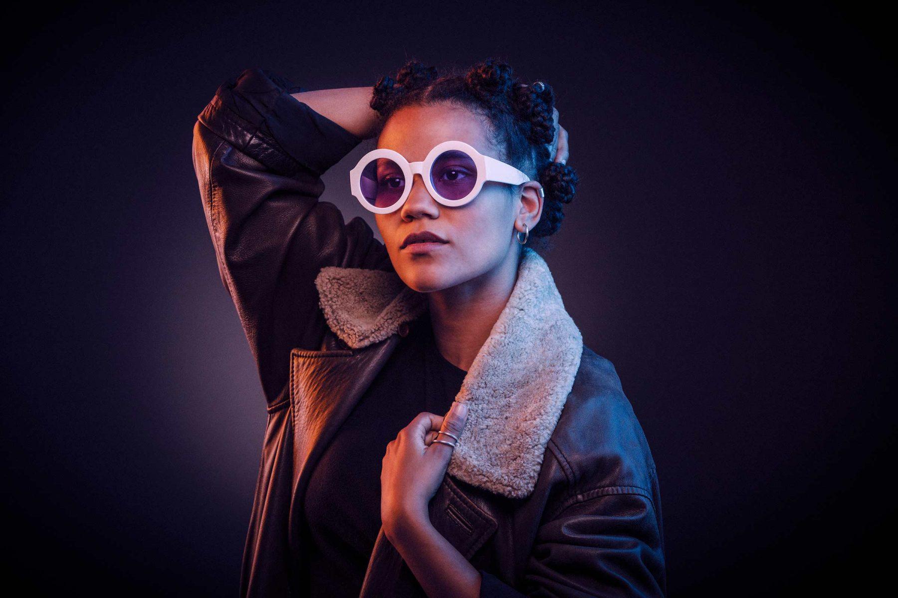 Portrait Musikerin Ami Warning. Derek Henthorn - Fotograf München